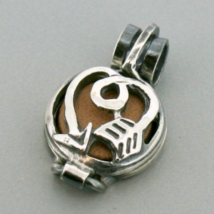 Guided Love Diffuser Pendant