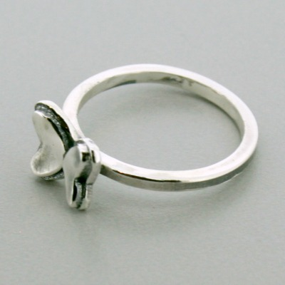 Small Butterfly Thin Band Ring