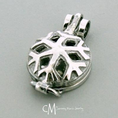 Snowflake Diffuser Pendant
